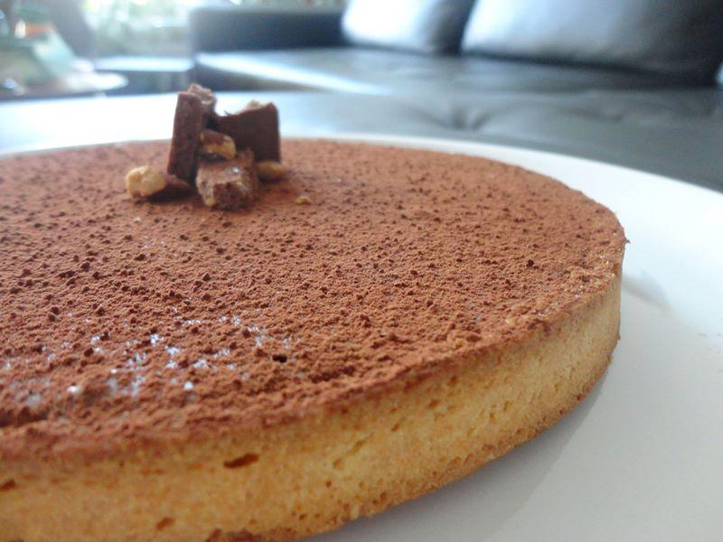 Tarte au chocolat au lait caramel et cacahuètes salées, amandes grillées façon Pierre Hermé