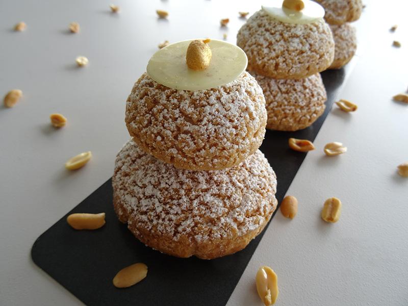 Religieuse cacahuète vanille Dalloyau - Fou de pâtisserie