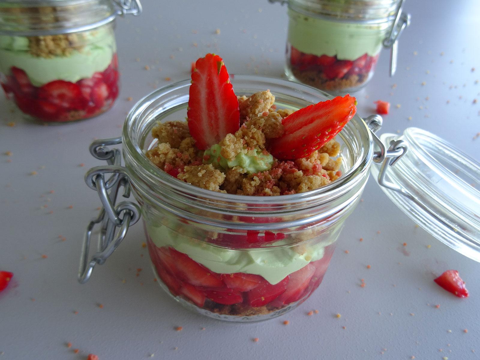 Verrine fraises pistache façon Kosmik